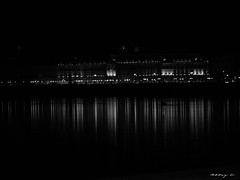 Place de la Bourse illumines - Black and White (Caroline-A) Tags: city light white black monument water architecture night mirror streetlight bordeaux reflects