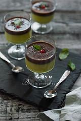 avocado pudding with chocolate fudge sauce (asri.) Tags: foodphotography 2016 85mmf14 foodstyling darkbackdrop bakinghomemade