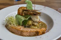 Dinner at Puur Saen (vk2gwk - Henk T) Tags: puuersaen restaurant inntel hotel food mains fish seafood cod salmon prawn gamba