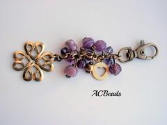 Violet bag charm (ACBeads) Tags: glass vidro beads purple artesanato violet bead beaded glassbeads beadwork bagcharm vintageinspired beadedbagcharm acbeads acbeadsjewellery