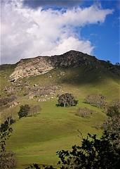 Flag Rock in Sunol Park (Charlie Day DaytimeStudios) Tags: california trees mountain hills hillside calaverasroad mountainpeak eastbayregionalparks cloudseastbay