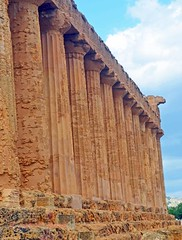 Valley of the Temples - Temple of Concordia - detail 4 (Sussexshark) Tags: holiday detail temple concordia sicily vacanza sicilia agrigento valledeitempli valleyofthetemples 2016