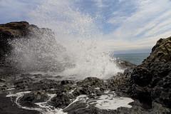 (pohlmann.martin) Tags: ocean sea nature water rock canon island eos iceland outdoor natur wave atlantic fels 6d 1635 brandung dyrholaey 2470