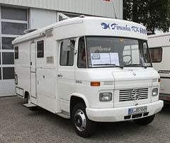 508D Camper (The Rubberbandman) Tags: wiesmoor mercedes benz 508d camper food truck t1 van bus german germany old classic vintage converted cargo freight delivery fahrzeug zug auto outdoor laster