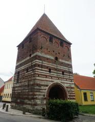 Stege city gate (Jaedde & Sis) Tags: mn stege mlleporten byport citygate