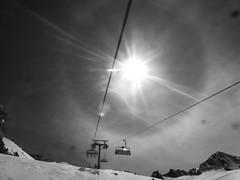 Halo from the sun (karlh1970) Tags: snow austria halo glacier snowboard stubai solarhalo neustift stubaiglacier solarring