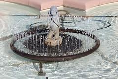 Fountain (laedri52) Tags: fountain kansascity kansas missouristate havuz eme