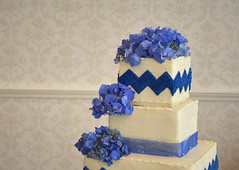 Bearpath - Royal Blue Wedding - May 2015 (FestivitiesMN) Tags: blue wedding floral cake weddingcake 2015 bluewedding bearpath may2015 cakefloral wedding2015 weddingcakefloral spring2015 bearpathwedding spring2015wedding bearpathwedding2015 bearpathweddingmay2015 weddingmay2015