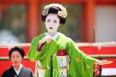 Maiko (Teruhide Tomori) Tags: portrait festival japan lady dance kyoto stage performance event maiko   kimono tradition japon       heianjingushrine