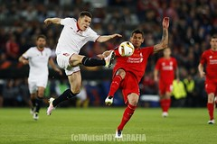 Liverpool vs Sevilla (Kwmrm93) Tags: sports sport liverpool canon football sevilla fussball soccer basel final futbol futebol uefa fotball voetbal fodbold calcio deportivo fotboll  deportiva esport fusball  fotbal jalkapallo  nogomet fudbal stjakobpark  europaleague votebol fodbal dejanlovren   canon1dx kevingameiro