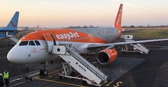 Easy jet 20 years A320 (Uktransportvideos82) Tags: easyjet airbus320 19952015 easyjet20years