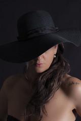 chapeau nath 2 (stephane LE DU) Tags: nathalie lowkey
