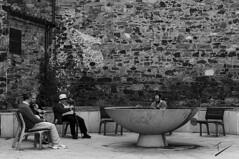 Viendo pasar el tiempo (jcfasero) Tags: old people gente bw blackwhite blanco negro street sphotography stone sony rx100 ngc astorga len espaa spain