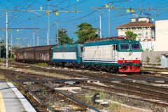 652 021 + 405 009 (atropo8) Tags: italy train nikon merci zug cargo verona treno freight trenitalia veneto d610 652021 405009