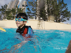 G0022157 (shundaddy) Tags: hongkong snapshot people portrait life family kid      gopro hero hero3 action sport water swim blue green pool       2015
