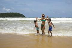 XOKA6463bs (forum.linvoyage.com) Tags: shore landscape seaside beach outdoor coast girl woman women child children sea ocean wave        water phuket thailand        karon kata rawai naiharn