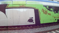 y toda la familia/ diffidate dai diffidati... a volte ritornano (en-ri) Tags: gdmk pevs crew verde nero argento train torino graffiti writing wholecar toptobottom