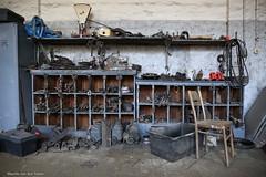 Ga toch zitten... (Maurits van den Toorn) Tags: workshop werkplaats werkstatt gereedschap tool tools toolshed tram onderdeel spareparts lodz stoel chair stuhl
