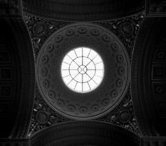 Versailles (linebevilaqua) Tags: light blackandwhite bw paris france frana versailles chateauversailles