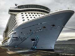 ANTHEM OF THE SEAS (LUIS FELICIANO) Tags: españa barco olympus galicia royalcaribbean ria vigo e5 transatlantico anthemoftheseas lent1122mm himnodelosmares
