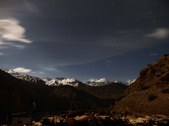 Mustang_1513 Starry sky above the Annapurna Himal (from Chele) (Roger Nix's Travel Collection) Tags: nepal mustang himalaya chele chhele tsele