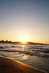 (tproc) Tags: sea espaa sun beach water asturias playa gijon