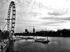 London Eye (Dennis Sparks) Tags: england london thames blackwhite londoneye