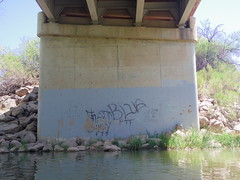 Lame teenage graffitti (EllenJo) Tags: arizona river pentax tube raft verderiver riparian sundayafternoon june5 clarkdale 2016 ellenjo summerinarizona ellenjoroberts tuzigootbridge tuzirap pentaxqs1 cruisingdowntheriveronasundayafternoon