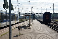 2016_Ferencvros_2078 (emzepe) Tags: railroad station electric yard train tren hungary flirt budapest engine eisenbahn railway zug bahnhof loco class multiple emu series locomotive bahn railyard ungarn 415 unit hungarian lectrique villamos classification 2016 mv lokomotiv hongrie nyr elektrische jnius fehr vonat kk 5341 leichter plyaudvar vast ferencvros ferencvrosi mozdony sorozat lloms vastlloms innovativer knny villanymozdony frge flinker regionlis motorvonat motorkocsi regionaltriebzug sorozat csukls plyaszm innovatv