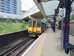 DSC01310 (anthony63b) Tags: 313051 emu dualvoltage brb pep draytonpark london greatnorthern moorgate train