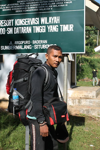 "Pendakian Sakuntala Gunung Argopuro Juni 2014 • <a style=""font-size:0.8em;"" href=""http://www.flickr.com/photos/24767572@N00/27067114562/"" target=""_blank"">View on Flickr</a>"