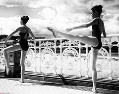 equilibrium (Oneras) Tags: donostia thigh dancer legs girl piernas feet bailarina thighs sky teenager