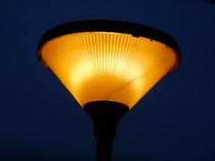 Philips CPS200 HP (sander_sloots) Tags: nijmegen streetlight streetlamp philips lamppost lantern lampadaire leuchte eclairagepublic luminaire straatlantaarn lantaarnpaal lichtmast publiclighting straatverlichting posttop armatuur strasenlaterne paaltop strasenleuchte openbareverlichting cps200 paaltoparmatuur paaltopper