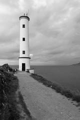 Cabo Home. (rickyone_dh) Tags: blackandwhite bw lighthouse blancoynegro faro samsung bn galicia 16mm pontevedra cabohome rawtherapee rickyone nx30
