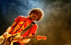 yann tiersen et sa jaguar (Philippe Gillotte) Tags: music concert guitar live scene jaguar yann musique tiersen