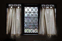 Curtains on the Window (Read2me) Tags: she cye salem window white shape witchhouse thechallengefactory curtains backlit pregamewinner gamewinner friendlychallenges yourock1stunanimous