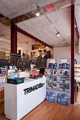 "Tienda Triatlón 1 • <a style=""font-size:0.8em;"" href=""http://www.flickr.com/photos/130051774@N03/17328918930/"" target=""_blank"">View on Flickr</a>"
