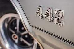 Executive beast (GmanViz) Tags: color detail car wheel 1971 nikon automobile convertible fender badge oldsmobile 442 455 4speed d90 gmanviz columbuscarscoffee