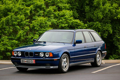Avus Blue E34 M5 Touring (Connor Hinkle) Tags: blue 3 5 4 m e bmw m3 rare m5 touring avant e30 e9 e34 e46 avus e36 e28 mpower e39 e34m5 avusblue e34touring e34m5touring