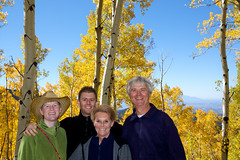 20091009_Aspen_Vista_Trail_0014.jpg (Ryan and Shannon Gutenkunst) Tags: family trees usa santafe hiking hike nm aspen cowboyhat aspenvistatrail ryangutenkunst shannongutenkunst barbgutenkunst randygutenkunst