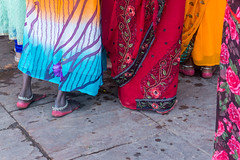 Varanasi, India (DitchTheMap) Tags: wedding red people woman india flower color art feet floral girl beautiful beauty fashion tattoo female walking person foot bride design shoes asia flickr die pattern dress adult image background indian traditional low decoration young ceremony culture celebration varanasi pooja henna mehendi hindu section puja mehndi hindi died cosmetic 2016 uttarpradesh