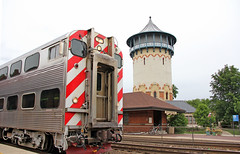 Iconic Riverside Landmark (craigsanders429) Tags: metra riversideillinois passengertrains passengercars commutertrains bnsfracewayinchicago railroadtracks