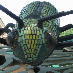 Chicago, Lincoln Park Zoo, Mr. Big Beetle Finds His Way, 2015 (Sculptor: Janet Austin) (Mary Warren (7.1+ Million Views)) Tags: chicago lincolnparkzoo art sculpture beetle mosaic glass janetaustin