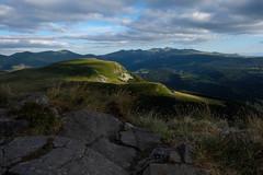 Vue depuis la Banne d'Ordanche (Sam_samy) Tags: mont dore mountain rock view landscape sky sun shadow