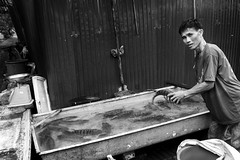 Street life (Redt16s) Tags: leica blackandwhite fish monochrome streetphotography bbq grill laos streetfood everydaylife luangprabang socialdocumentary kob summicron35v4