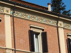 Bologna Viale Giosu Carducci (Paolo Bonassin) Tags: windows italy architecturaldetail decoration ornament bologna ornate emiliaromagna finestre dettagliarchitettonici ornatewindows bolognavialegiosucarducci