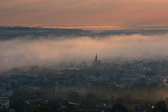 Sunrise_in_Przemysl_4 (Mirek Pruchnicki) Tags: city morning fog clouds sunrise morninglight pentax polska poranek wiosna mgła wschód krajobraz przemyśl kopiectatarski województwopodkarpackie