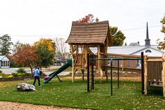 _DSC4790.jpg (bristolcorevt) Tags: playground bristol vermont outdoor swings structure treehouse bristolvt towngreen