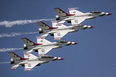Thunderbirds (robertjamesstarling) Tags: beach fort f16 lauderdale thunderbirds usaf lauderdaleairshow