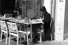 Rome 2016 (Vincenzo L.D.) Tags: italy woman rome roma girl bar donna italia bianconero ragazza colazione breackfast